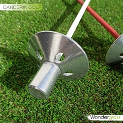 Hoyos y banderines de golf