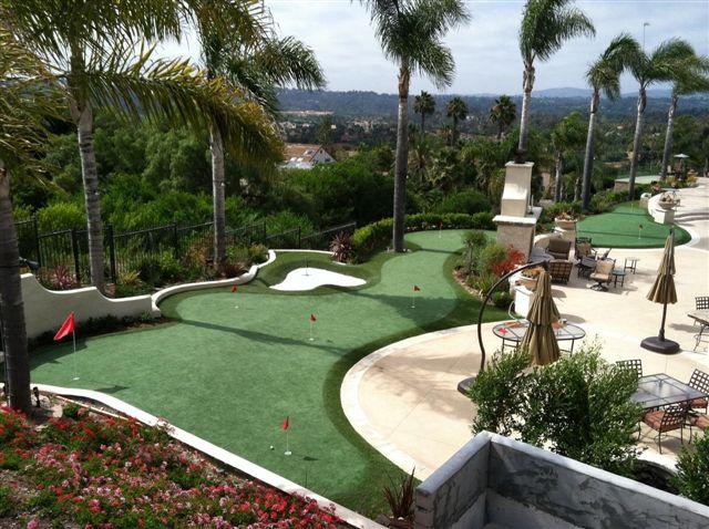 Putting Green Personalizado en Jardín Particular